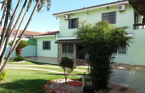 Residência a venda na Vila Olinda