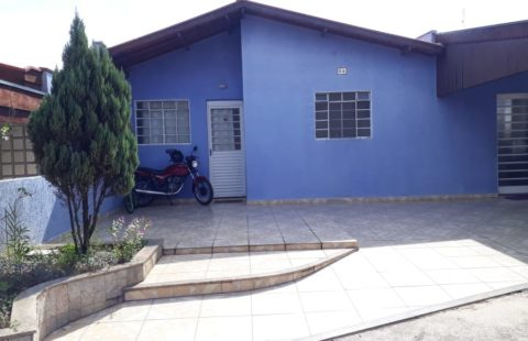 Casa residencial em condomínio fechado